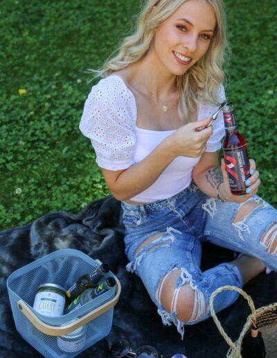 Picknick im Englischen Garten in München mit Celina